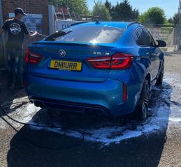 Blue BMW X6M in for a Diamond Club Wash