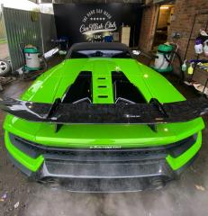 Vibrant Green Lamborghini in for a Diamond Club Wash