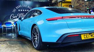 Blue Porsche 911 in for a Diamond Club Wash
